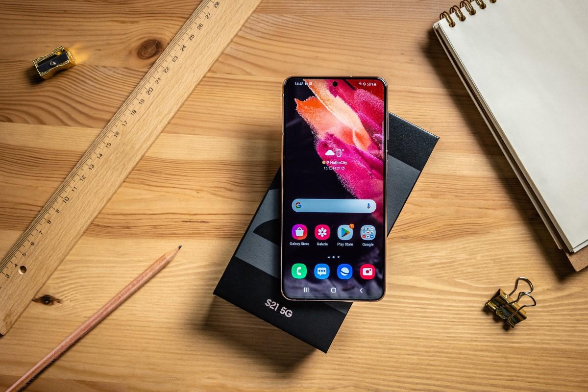 Gebrauchte Handys mit Vertrag Galaxy S21 Box